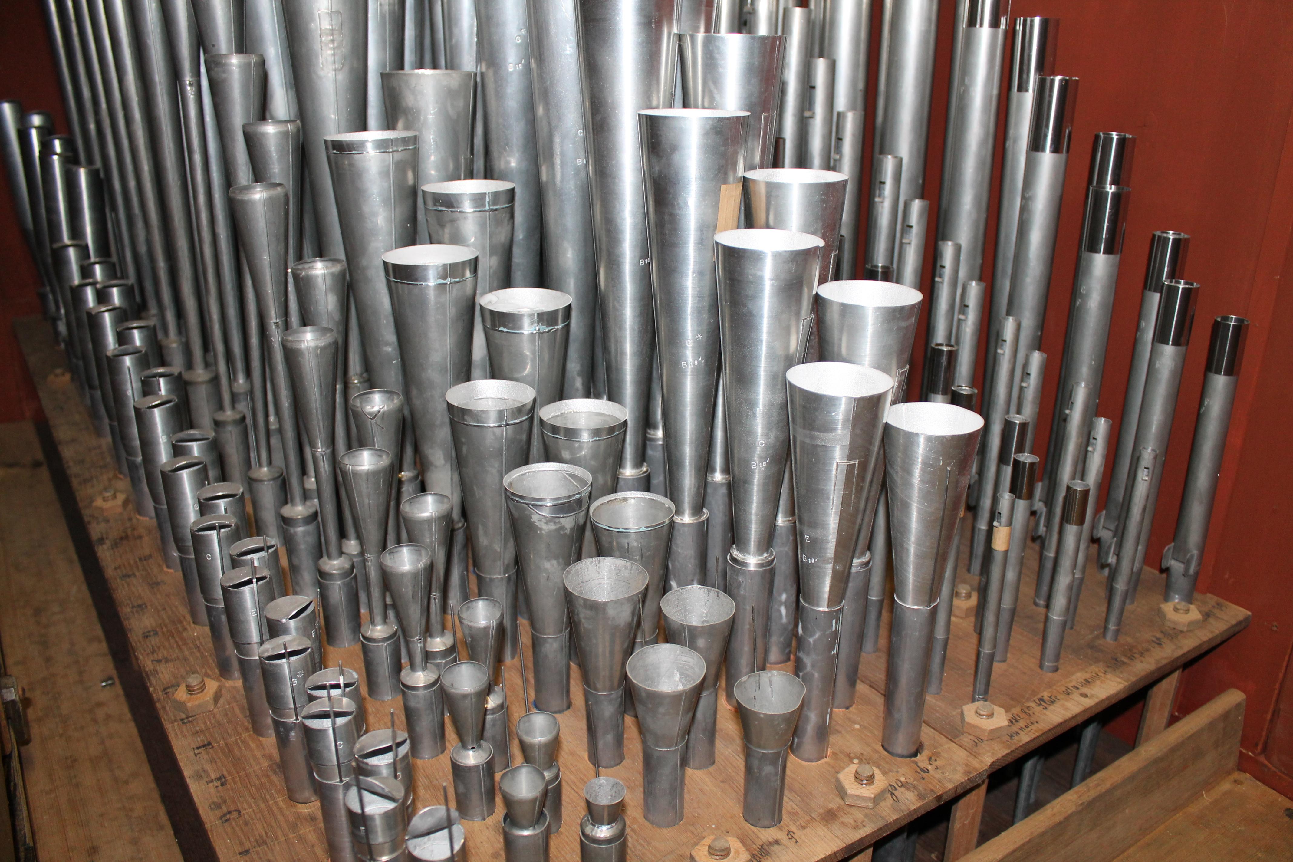 partie de tuyauterie orgue bergerac
